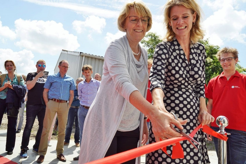 Netherlands2 Poultry Barn for education and research opened.jpg