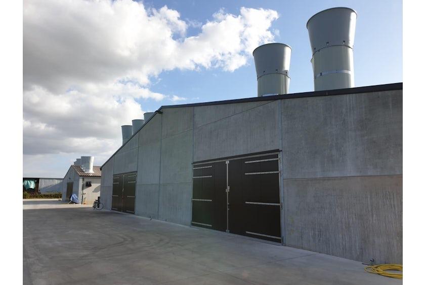 Belgium 8 Breeder barns Belgium 8