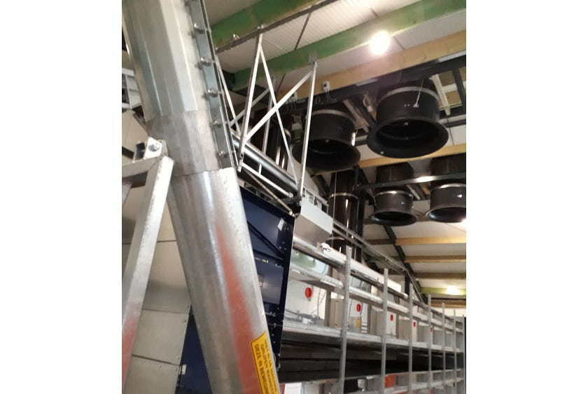 Netherlands 10 Equal pressure ventilation system in new laying hen house 10