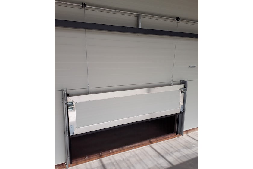 Netherlands 4 Equal pressure ventilation system in new laying hen house 4