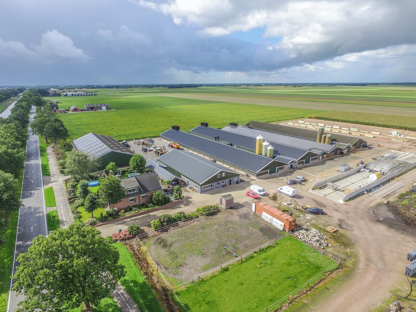 Netherlands1 Broiler farmer upgrades from Orion to Fortica system