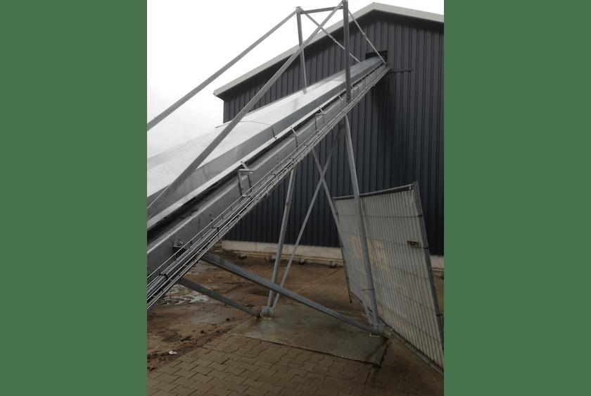 Netherlands4-New-two-level-poultry-barn-in-Raalte.jpg