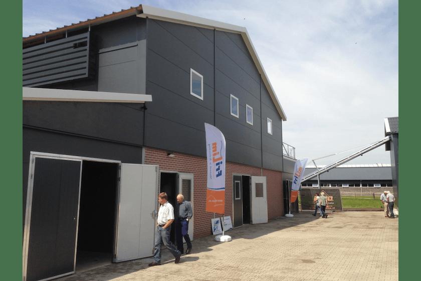 Netherlands9-New-two-level-poultry-barn-in-Raalte.jpg