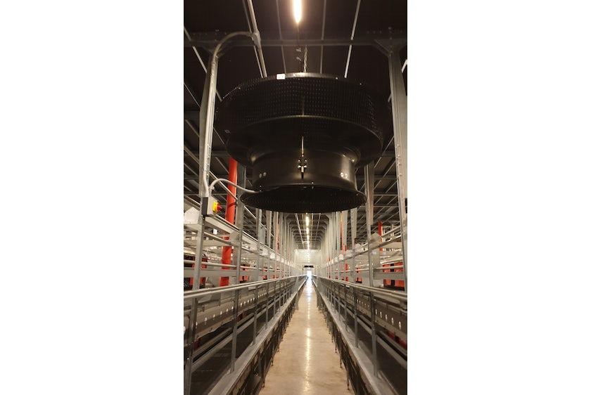 USA new layer farm in de US 3 floor avairy 3