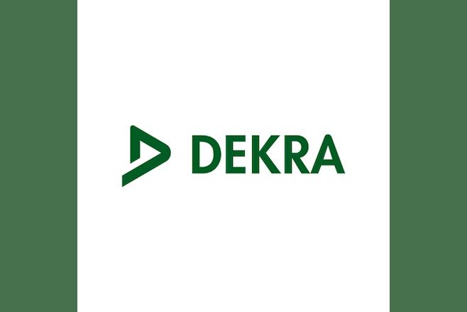 Dekra logo wit achtergrond