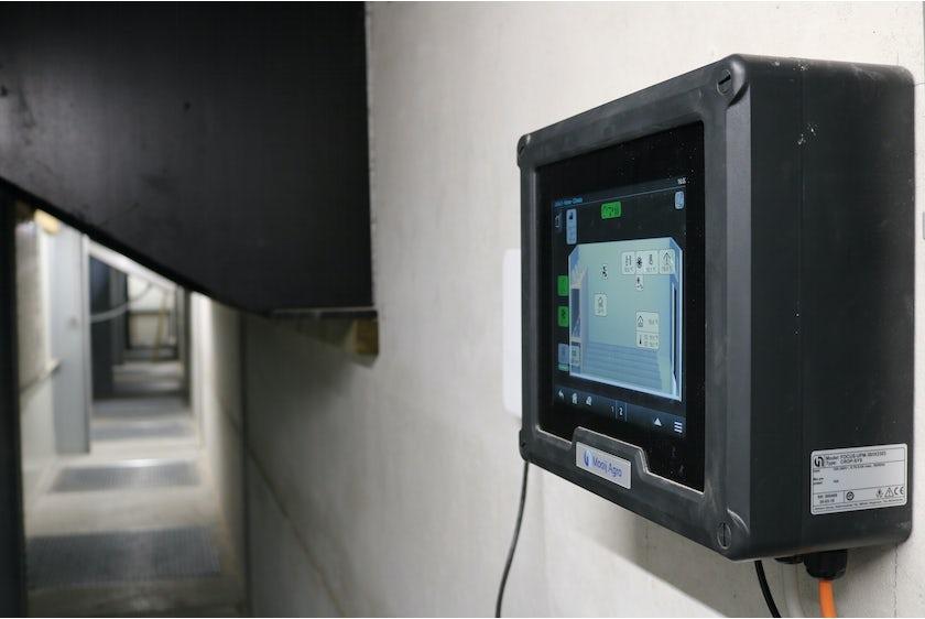 Croptimiz r Control system