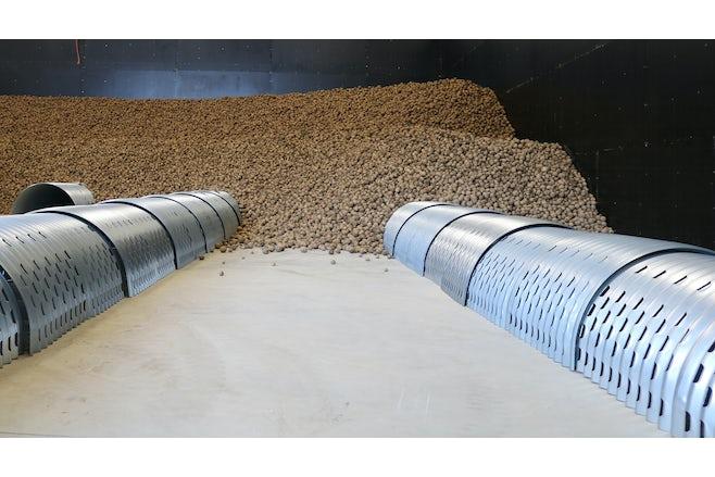 Bulk storage half round ducts